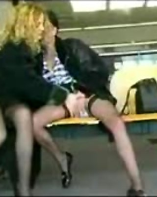 Exhib Lesbians In French Airport BVR