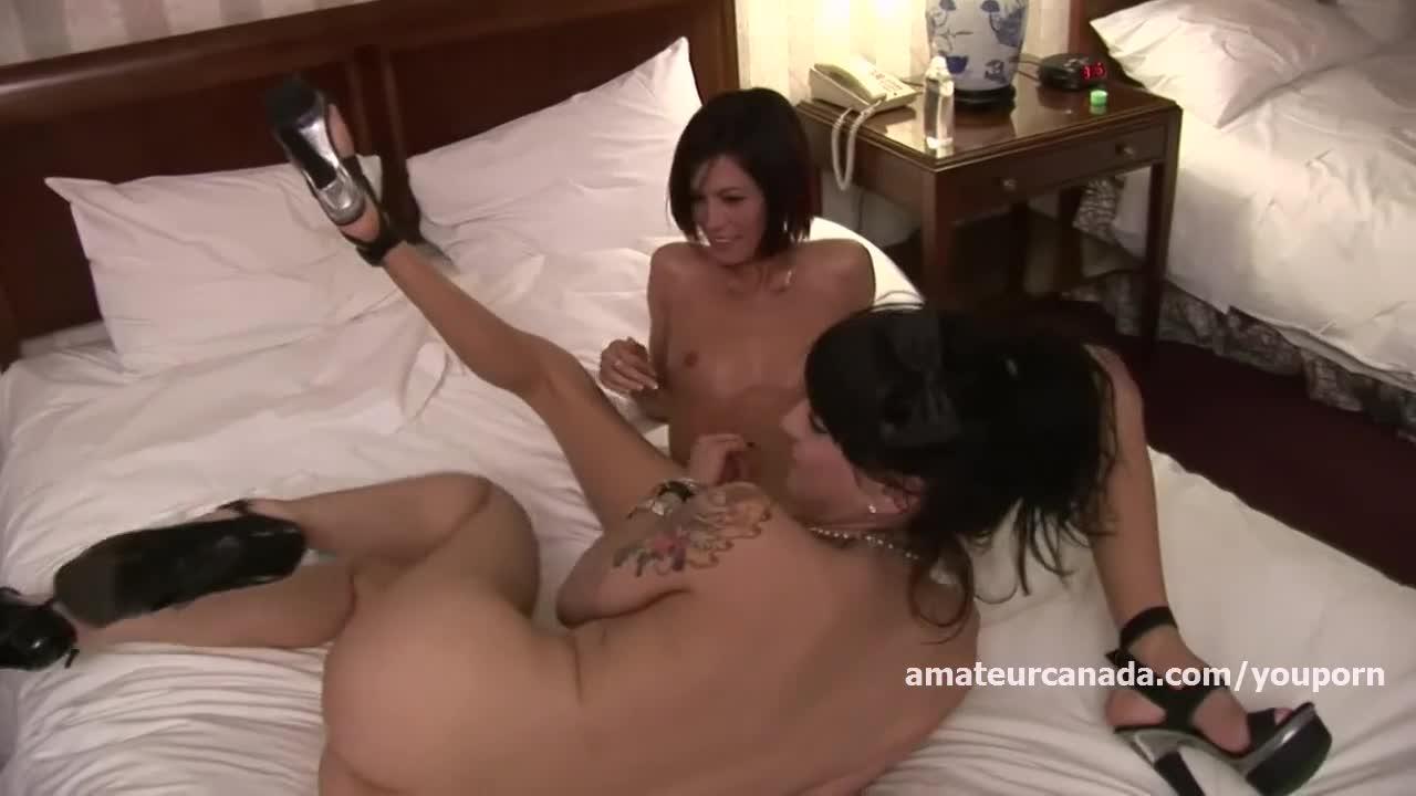 Lesbians scissoring French porn compilation trio