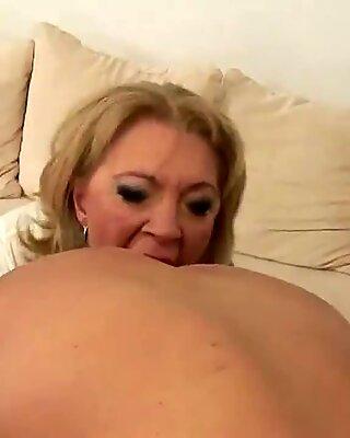 Horny mama gets a special sicko creampie