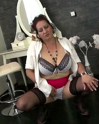 StorBarmet Natur Moden Mor har brug for en god fuck