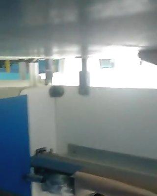 Voyeur cabine piscine 4