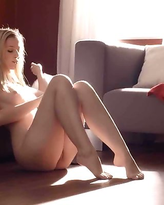 French blonde fucking on the floor video