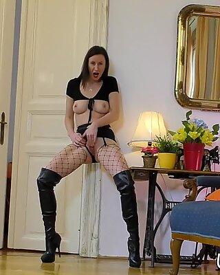 High heeled british whore face jizzed