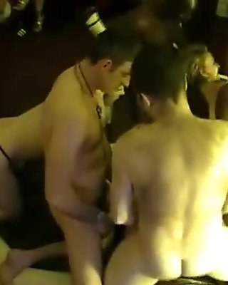 Spy cam at french private party! Camera espion en soiree privee. Part349