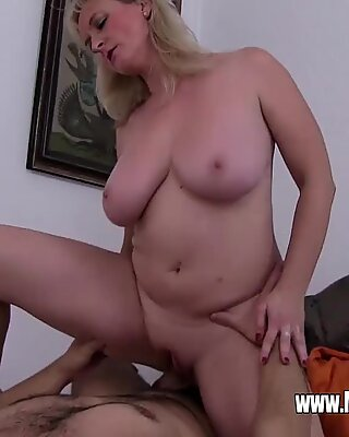 Lazy Stepson Sex With An Irate Blonde Stepmom