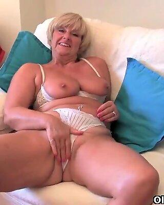 British mum can't hide her intense sex craving