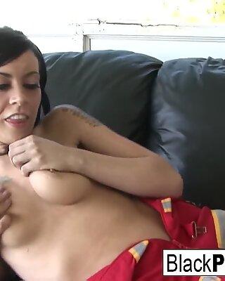 Vanessa fucks en sorteringspole
