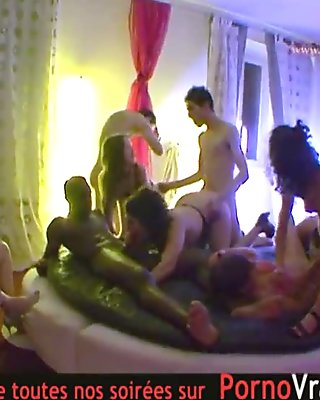 Spy cam at french private party! Camera espion en soiree privee. Part324