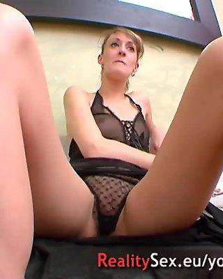 Elle adore la sodomie !! Deux Matures french crazy